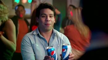 Pepsi Next TV Spot, 'Fiesta en Casa' [Spanish] - Thumbnail 4