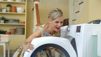 Downy Unstopables TV Spot Featuring Amy Sedaris - Thumbnail 1