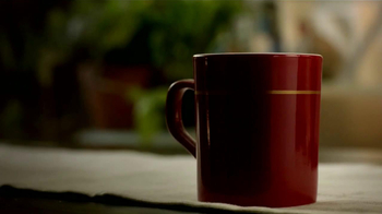 Nescafe Clásico TV Spot, 'Coffee o Café' [Spanish] - Thumbnail 7