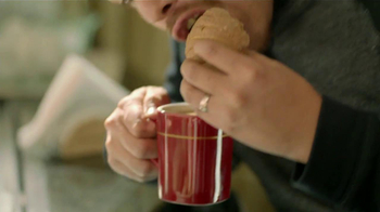 Nescafe Clásico TV Spot, 'Coffee o Café' [Spanish] - Thumbnail 9
