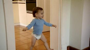 Pampers Cruisers TV Spot, 'Crawling' - Thumbnail 10