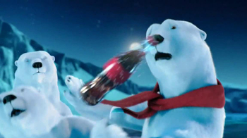 Coca-Cola TV Spot, 'Polar Bear Football' - Thumbnail 6