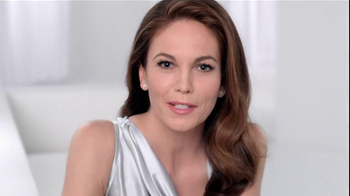 Neutrogena Rapid Wrinkle Repair TV Spot, 'Cobwebs' Featuring Diane Lane - Thumbnail 7