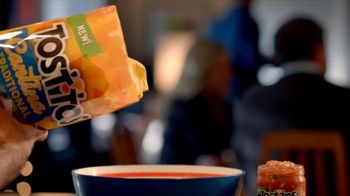 Tostitos Cantina Chips TV Spot, 'Mexican Restaurant' - Thumbnail 1