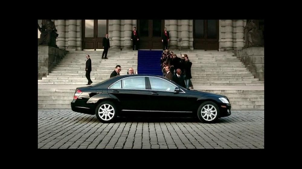 2013 mercedes benz c class tv commercial 39 performance for Mercedes benz tv