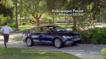 Volkswagen Passat TV Spot, 'Playing Catch' - Thumbnail 9