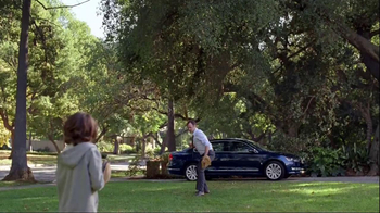 Volkswagen Passat TV Spot, 'Playing Catch' - Thumbnail 5