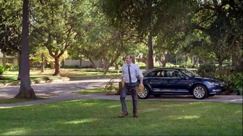 Volkswagen Passat TV Spot, 'Playing Catch' - Thumbnail 8