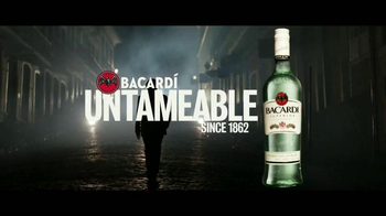 Bacardi TV Spot, 'Untameable Since 1862' [Spanish] - Thumbnail 10