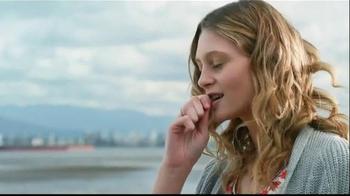 KitKat TV Spot, 'Break Time All Over Town' - Thumbnail 2