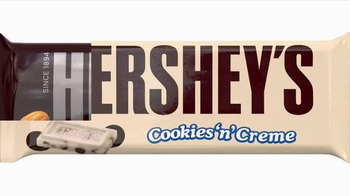 Hershey's TV Spot, 'Chocolate, Caramel and a Little Something Extra' - Thumbnail 10