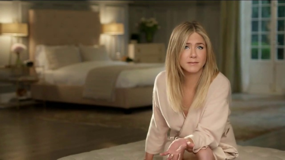 Aveeno Positively Radiant Overnight Facial TV Commercial, 'Go to Bed'