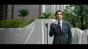 Verizon Unlimited TV Spot, 'Drop the Mic' Featuring Thomas Middleditch - Thumbnail 2