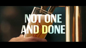 Budweiser TV Spot, 'Not Backing Down: March Madness' Song by Baauer - Thumbnail 7