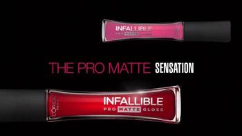 L'Oreal Paris Infallible Pro Matte Gloss TV Spot, 'Velvety Lips'