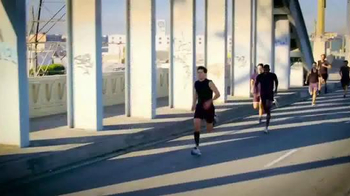 Copper Fit Speed Sleeves TV Spot, 'Gain the Edge' - Thumbnail 3