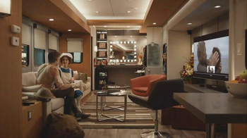 Apple TV TV Spot, 'The Kiss' Featuring Alison Brie, Nikolaj Coster-Waldau - Thumbnail 4