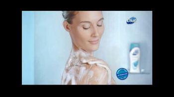 Dial Soothing Care TV Spot, 'Healthy Balance' - Thumbnail 4