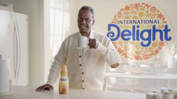 International Delight Caramel Macchiato TV Spot, 'Morning Routine'