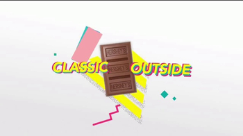 Hershey's Cookie Layer Crunch TV Spot, 'Classic Reimagined' - Thumbnail 2