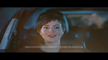 2017 Toyota Highlander TV Spot, 'Discovery Machine' - Thumbnail 5