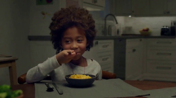 Kraft Macaroni & Cheese TV Spot, 'Swing'