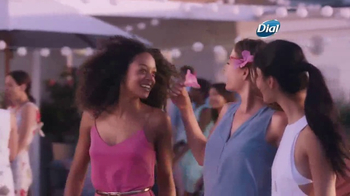 Dial Hibiscus Water Body Wash TV Spot, 'Get Closer' - Thumbnail 7