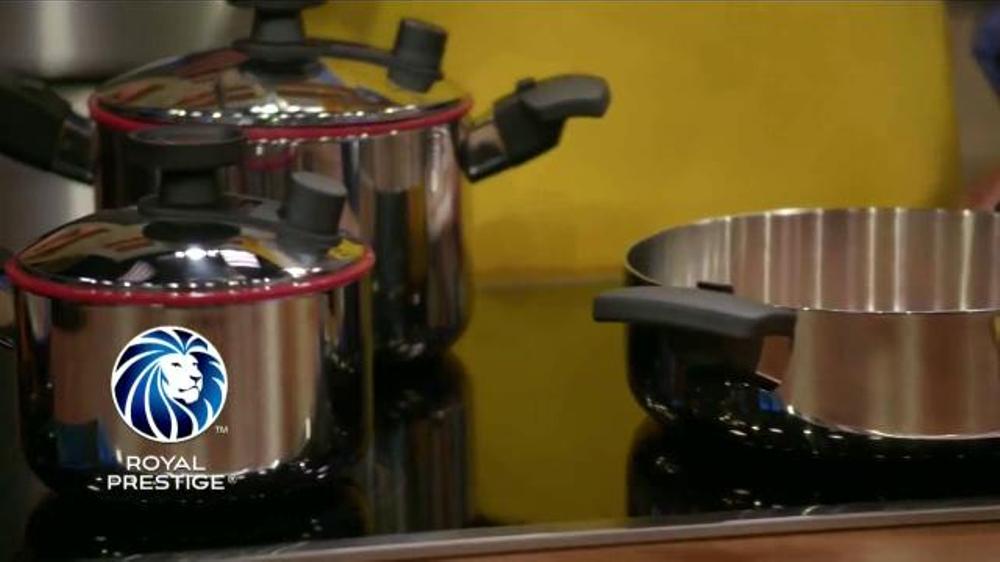 Royal prestige tv commercial 39 cocinando sin aceite for Cocinar sin aceite