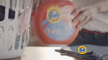 Tide Pods TV Spot, 'De tal palo, tal astillao' [Spanish] - Thumbnail 6