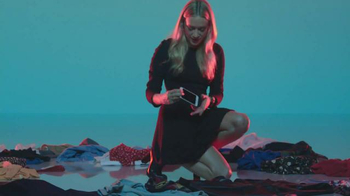 Apple Watch TV Spot, 'Find' Featuring Chloë Sevigny, Song by Santigold