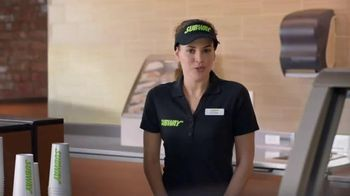 Subway Carved Turkey and Bacon Sandwich TV Spot, 'Tarea' [Spanish] - Thumbnail 3