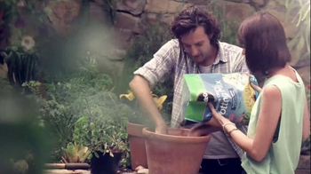 Miracle-Gro TV Spot, 'So Rich, It Should File a Tax Return'