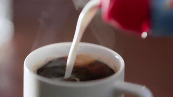 Coffee-Mate TV Spot, 'Gingerbread Joel Makes an Awkward First Impression' - Thumbnail 3