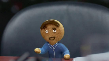 Coffee-Mate TV Spot, 'Gingerbread Joel Makes an Awkward First Impression' - Thumbnail 7