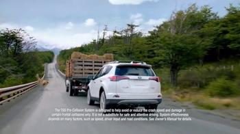 2017 Toyota RAV4 TV Spot, 'Paragliding' - Thumbnail 6