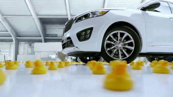 2017 Kia Sorento TV Spot, 'Rubber Duckies Test' - Thumbnail 3