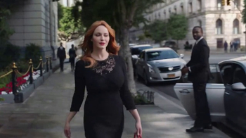 2017 Kia Cadenza TV Spot, 'Impossible to Ignore' Feat. Christina Hendricks - Thumbnail 3