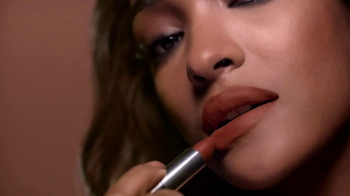 Maybelline New York Color Sensational Inti-Matte Nudes TV Spot, 'Intimate'