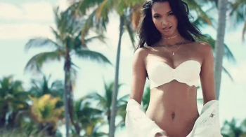 Victoria's Secret Strapless Collection TV Spot, 'Fun and Flirty'