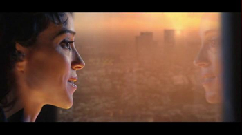Sonos TV Spot, 'Now What?' Featuring St. Vincent, Song by Otis Redding