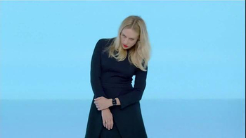 Apple Watch TV Spot, 'Style' Featuring Chloë Sevigny, Song by Kiiara - Thumbnail 3