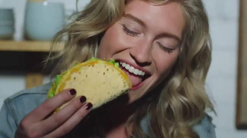 Taco Bell $5 Cravings Deal TV Spot, 'All the Cravings You Can Handle'
