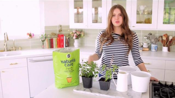 Miracle-Gro Nature's Care TV Spot, 'In-Home Herb Garden' Ft. Claire Thomas