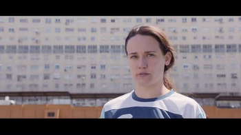 Orbit TV Spot, 'Penalty Taker Girl' [Spanish]