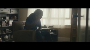 University of Phoenix TV Spot, 'A Promise to Mom' Feat. Larry Fitzgerald