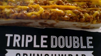 Taco Bell Triple Double Crunchwrap $5 Box TV Spot, 'No Sides' - Thumbnail 2