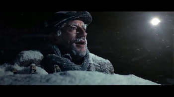 Stella Artois TV Spot, 'Holiday 2016: The Delivery' - Thumbnail 6