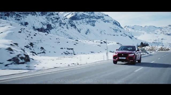Unwrap a Jaguar Sales Event TV Spot, \'Adapt: 2017 Jaguar F-PACE\'