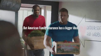 American Family Insurance TV Spot, 'Hometown Hero: With Love Market'