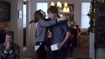 Best Buy TV Spot, 'Kisses' - Thumbnail 2